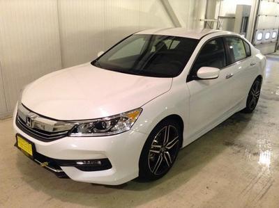 New 2017 Honda Accord Sport SE
