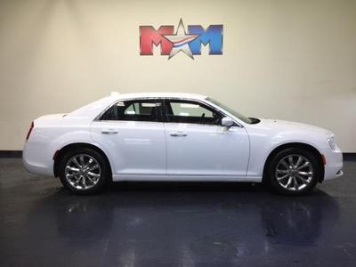 New 2018 Chrysler 300 Touring