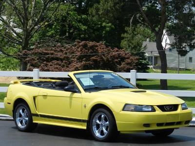 Used 2002 Ford Mustang Deluxe