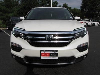 New 2017 Honda Pilot Elite