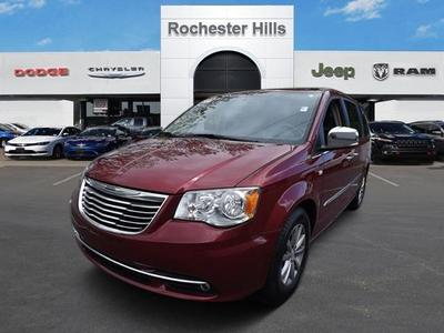 Certified 2014 Chrysler Town & Country Touring-L