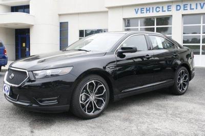 New 2017 Ford Taurus SHO