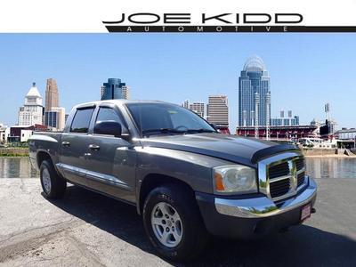 Used 2005 Dodge Dakota SLT