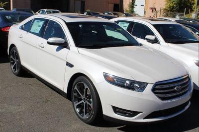 New 2016 Ford Taurus SEL