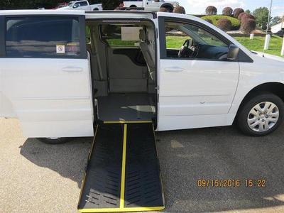 New 2016 Dodge Grand Caravan SE