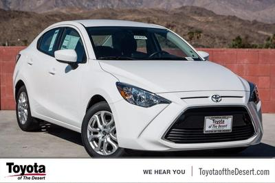 New 2017 Toyota Yaris iA Base