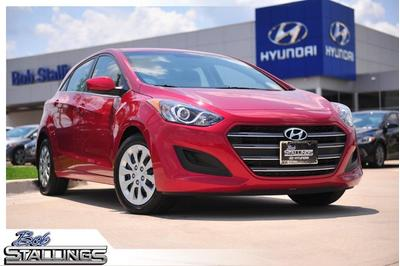 New 2017 Hyundai Elantra GT Base