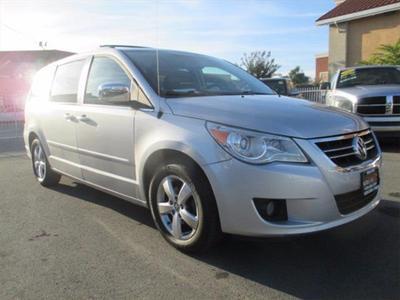 Used 2009 Volkswagen Routan SEL Premium