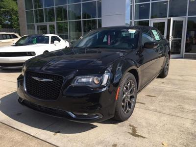 New 2017 Chrysler 300 S