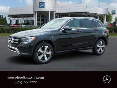 New 2017 Mercedes-Benz GLC 300 Base