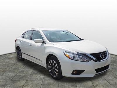 New 2017 Nissan Altima 2.5 SV
