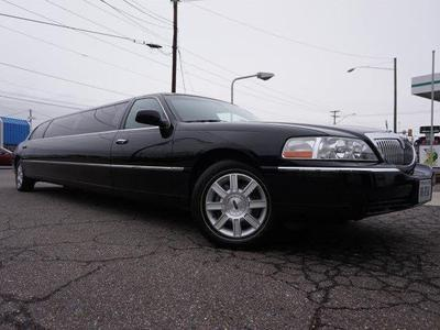 Used 2007 Lincoln Town Car Executive