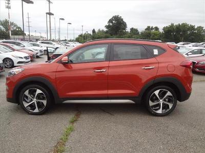 New 2017 Hyundai Tucson Limited