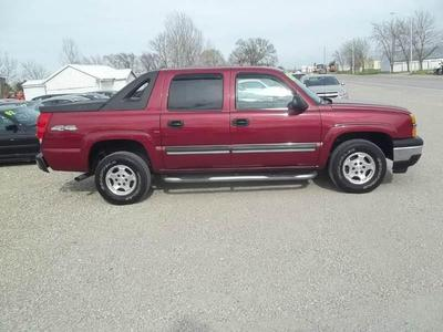 Used 2005 Chevrolet Avalanche 1500 LS