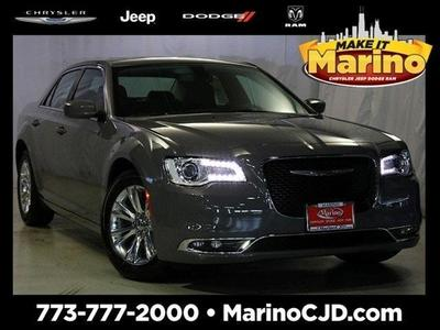 New 2017 Chrysler 300 Limited