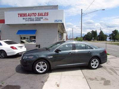 Used 2016 Ford Taurus SE