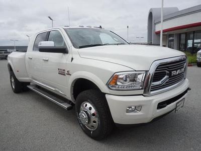 New 2017 RAM 3500 Laramie Longhorn