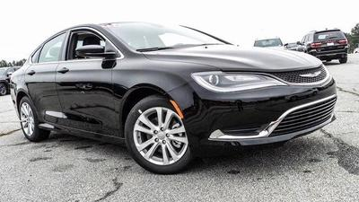 New 2017 Chrysler 200 Limited