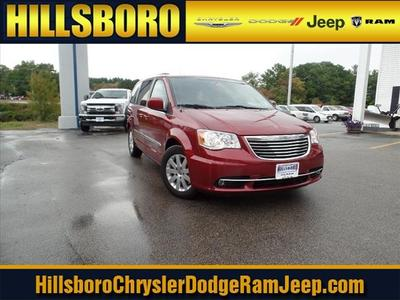 New 2016 Chrysler Town & Country Touring