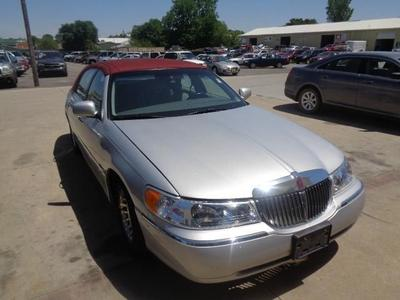Used 1998 Lincoln Town Car Executive