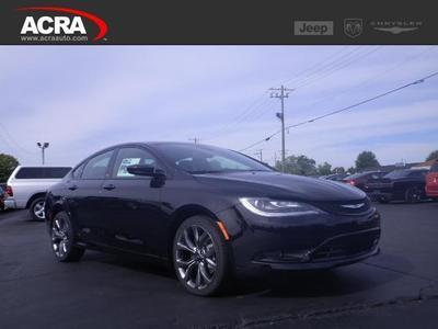 New 2016 Chrysler 200 S