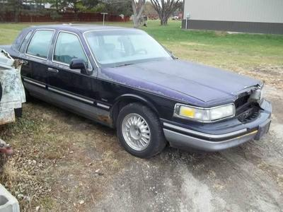Used 1996 Lincoln Town Car Signature