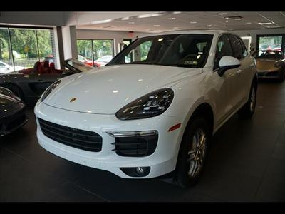 New 2017 Porsche Cayenne Base