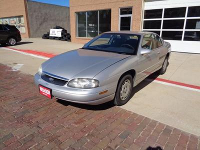 used 1995 chevrolet monte carlo for sale near me cars com 1995 chevrolet monte carlo