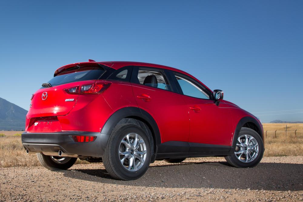 2016 Mazda CX-3;