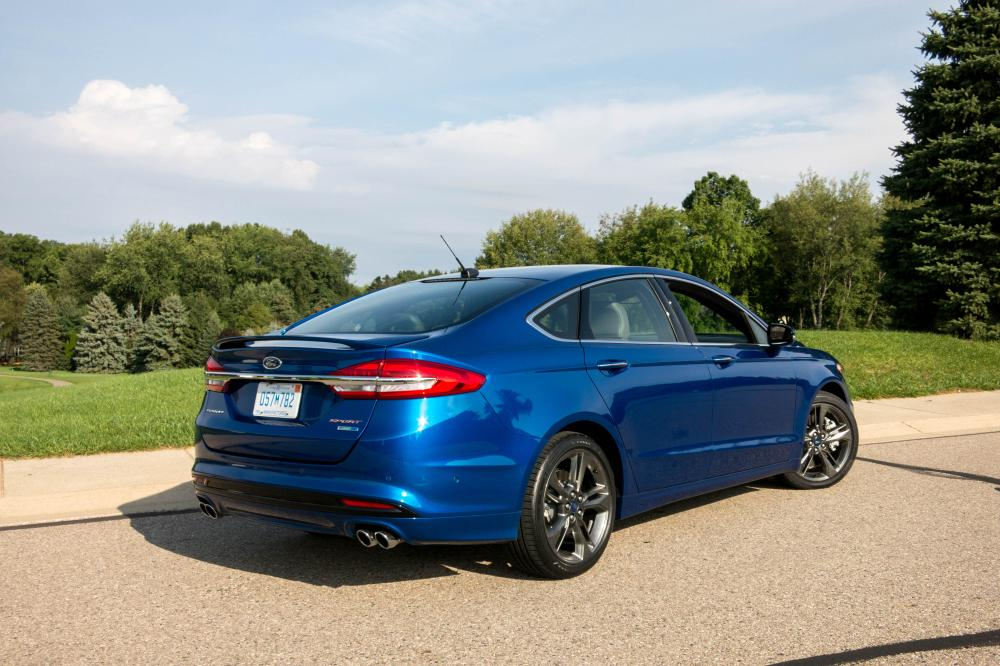 2017 ford fusion v 6 sport review first drive news. Black Bedroom Furniture Sets. Home Design Ideas