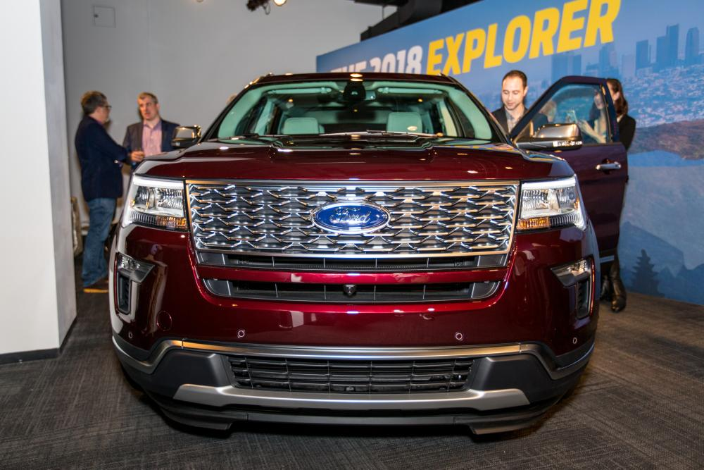 ford explorer preview news carscom