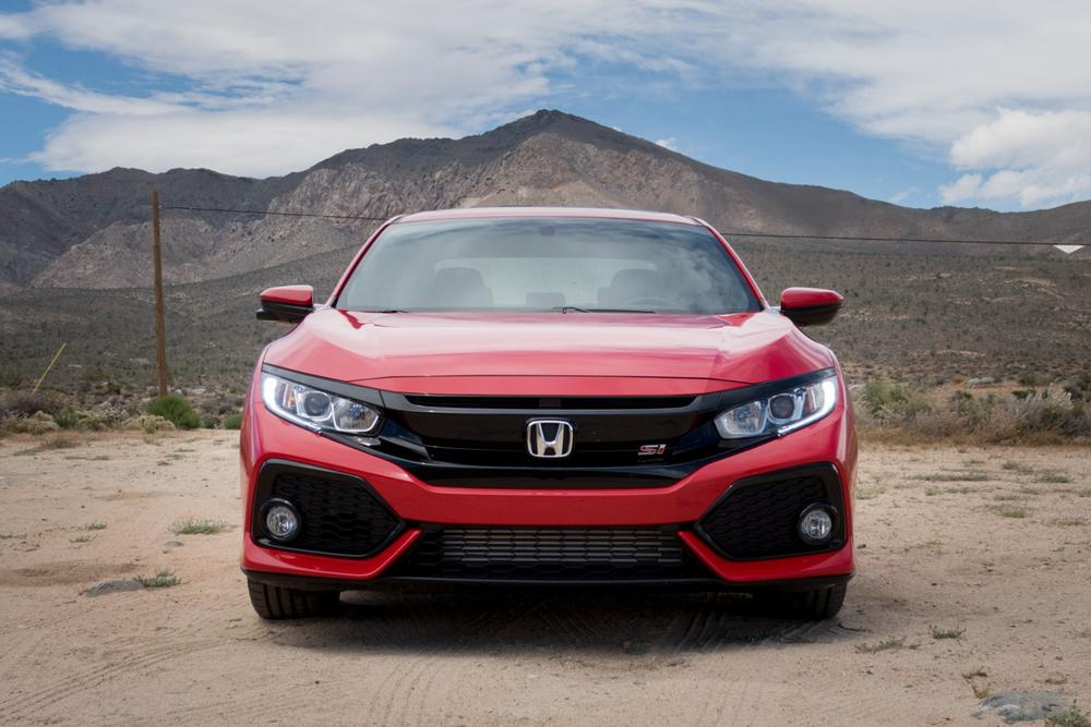2017 honda civic si review first drive news. Black Bedroom Furniture Sets. Home Design Ideas