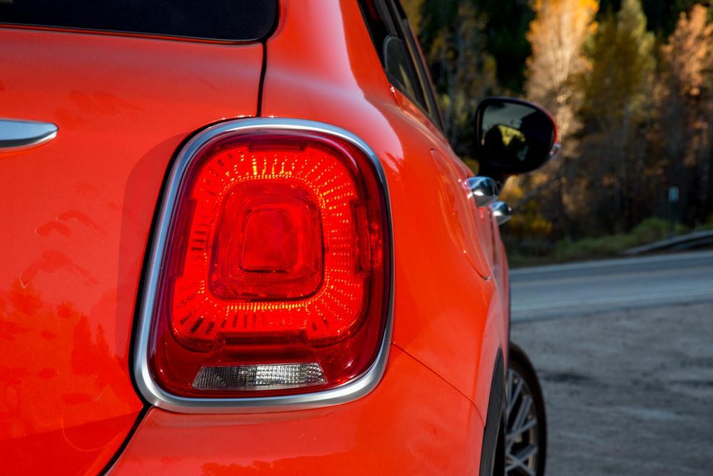 2016 Fiat 500X;