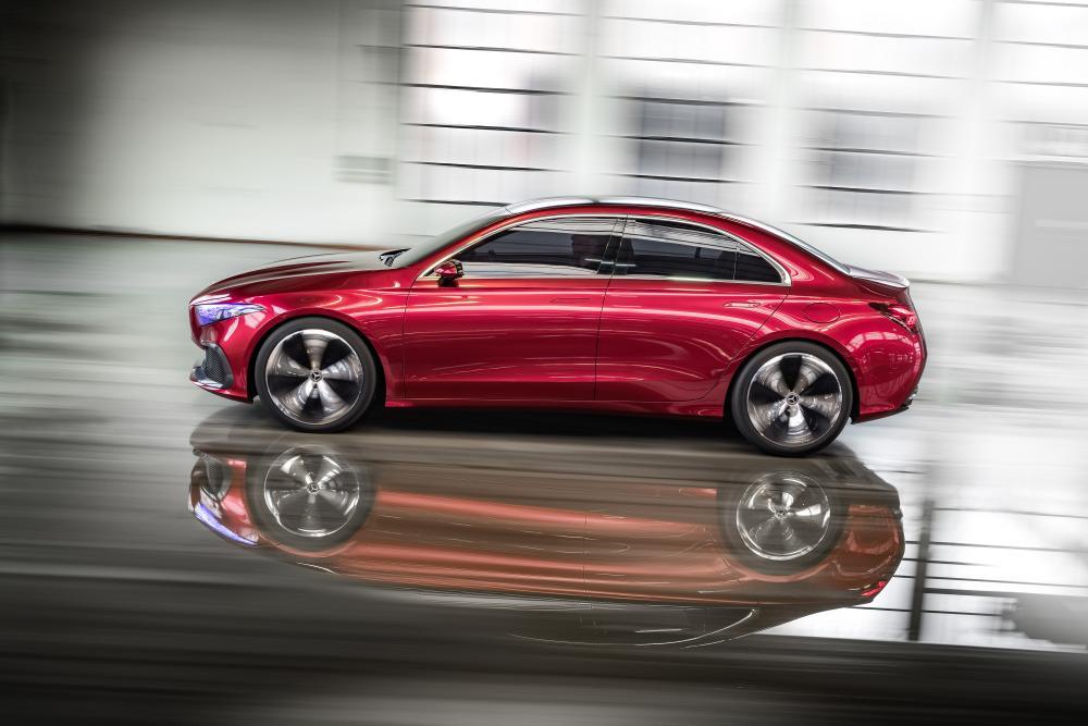 Mercedes Benz Concept A Sedan Preview News Cars Com