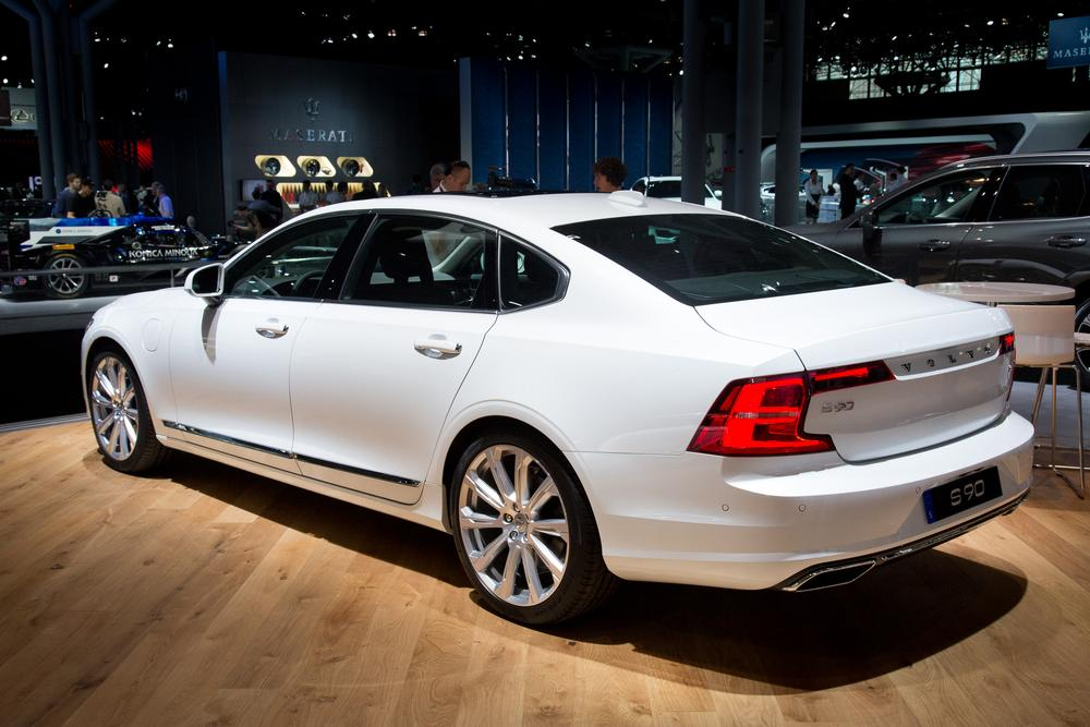 2018 Volvo S90 Rear Legroom Revisited News Cars Com