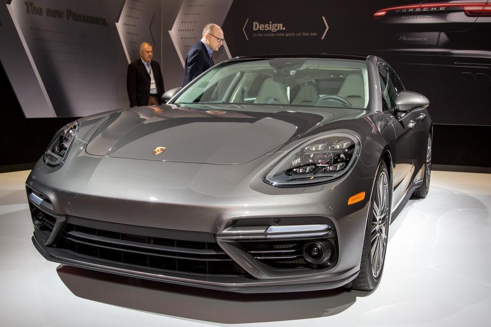 2017 Porsche Panamera 4 Executive