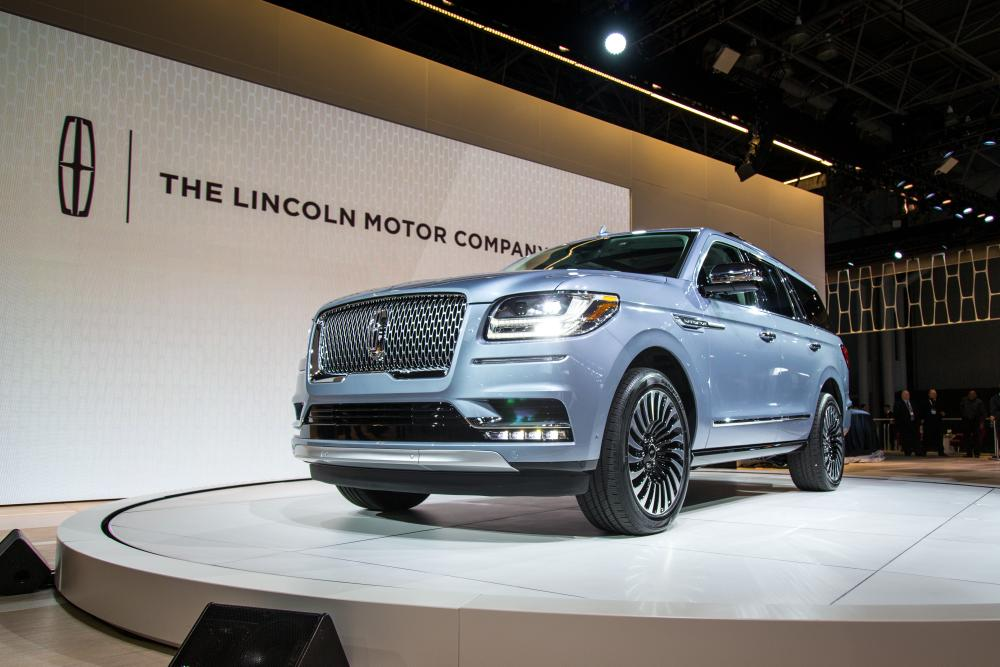 Simple 2018 Lincoln Navigator Review First Impressions