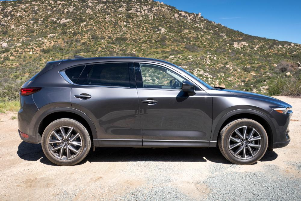 2017 mazda cx 5 review first drive news. Black Bedroom Furniture Sets. Home Design Ideas