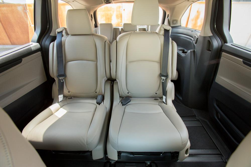 2017 Chrysler Pacifica Vs 2018 Honda Odyssey Minivan