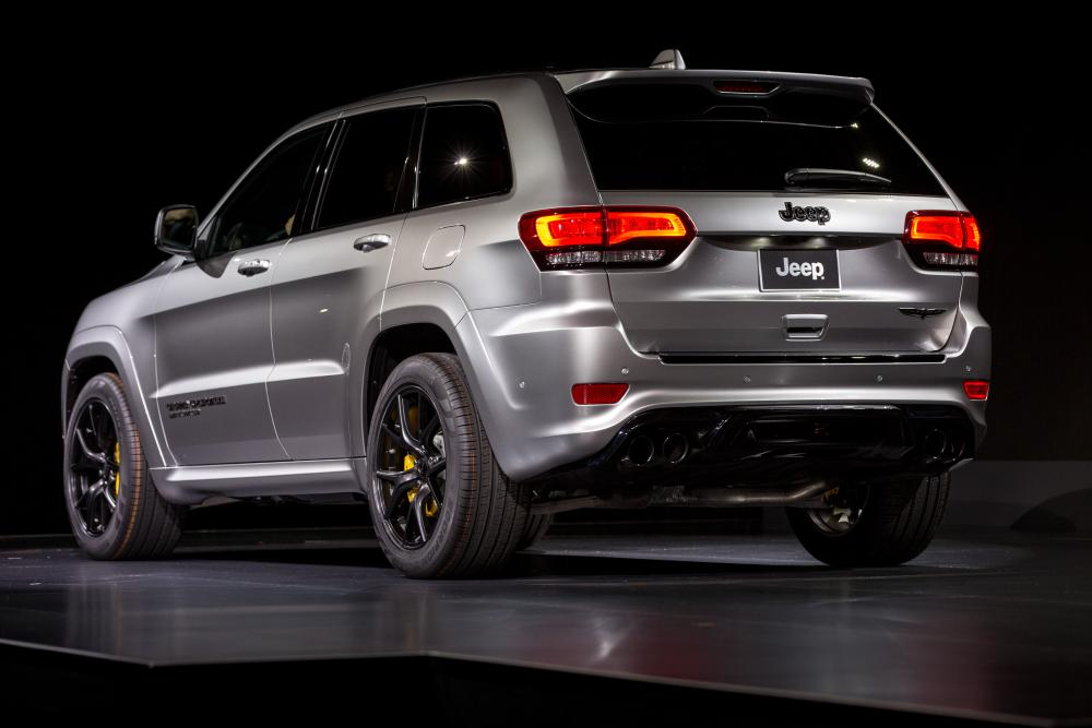 Amazing 2018 Jeep Grand Cherokee Trackhawk First Impressions And