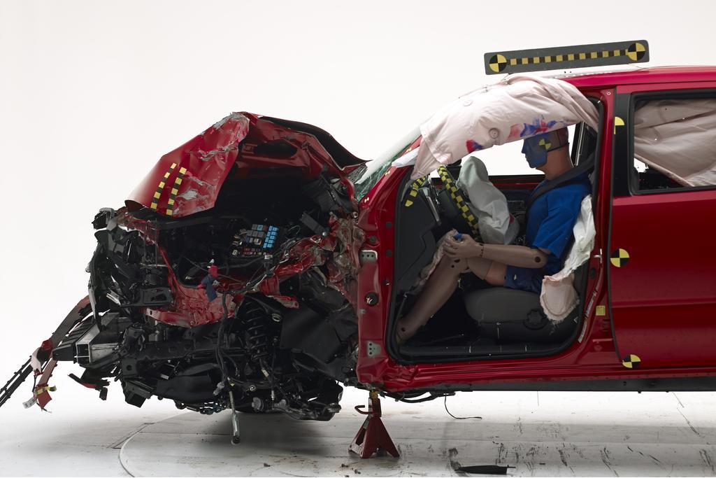 IIHS Toyota Tacoma Crash 1.jpg