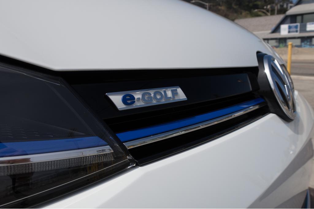 Volkswagen e-Golf Gets Improved Range, $1500 Price Hike
