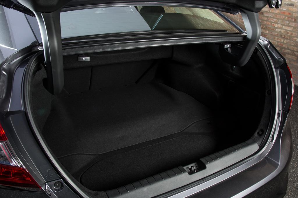 honda-clarity-pluginhybrid-24-2018, clarity, first drive, honda.