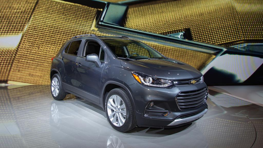 10 Things You Can't Miss At The 2016 Chicago Auto Show