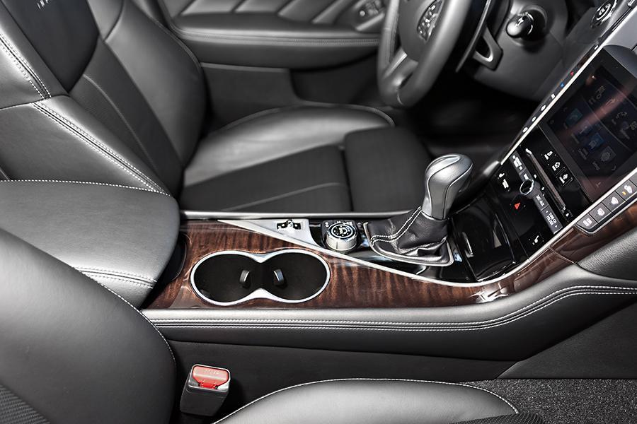 2014 Infiniti Q50 Our Review Cars Com