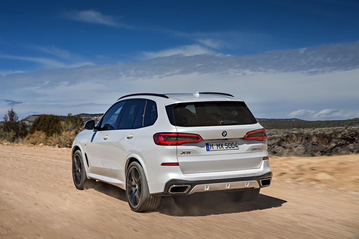 2019 bmw x5 rolls into dealers in time for turkey day news. Black Bedroom Furniture Sets. Home Design Ideas