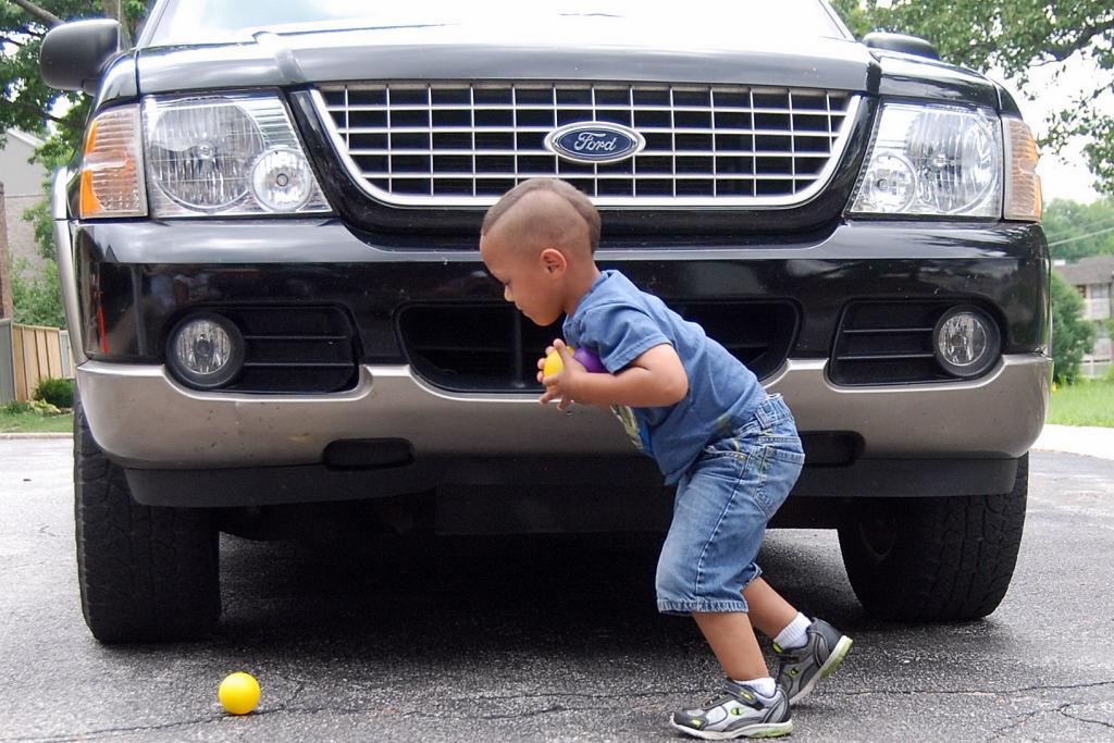 Frontover danger 2 kids Kidsandcars.org.jpg