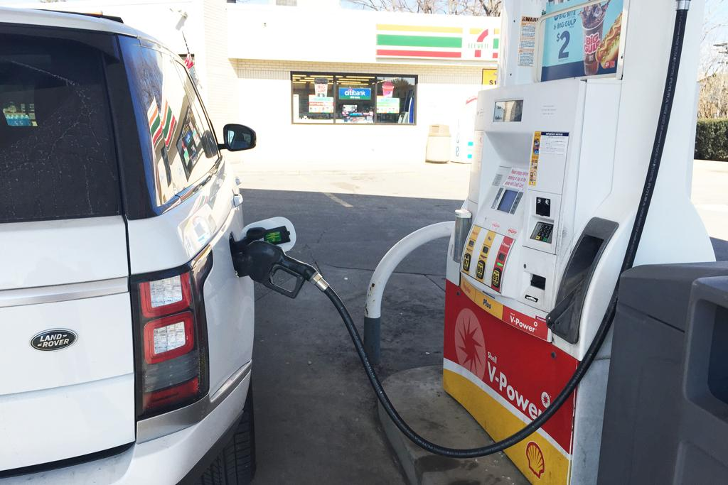 Gas prices down 6 cents nationally to $2.16 a gallon