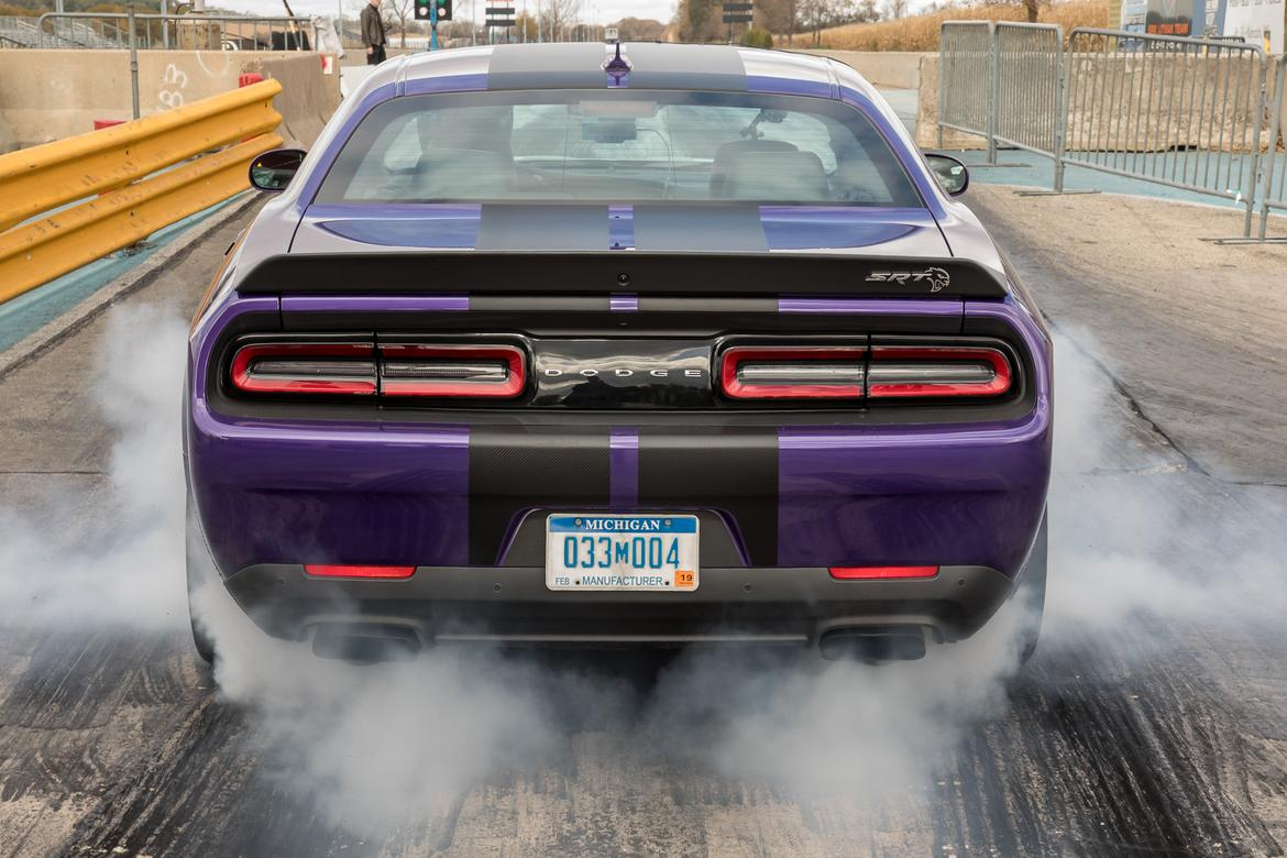 Going For 10s Drag Strip Testing The 2019 Dodge Challenger Srt