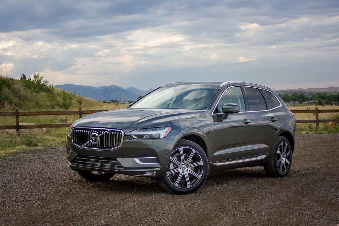 2000px-18-volvo-xc60-2018-angle--exterior--front--grey--mountain